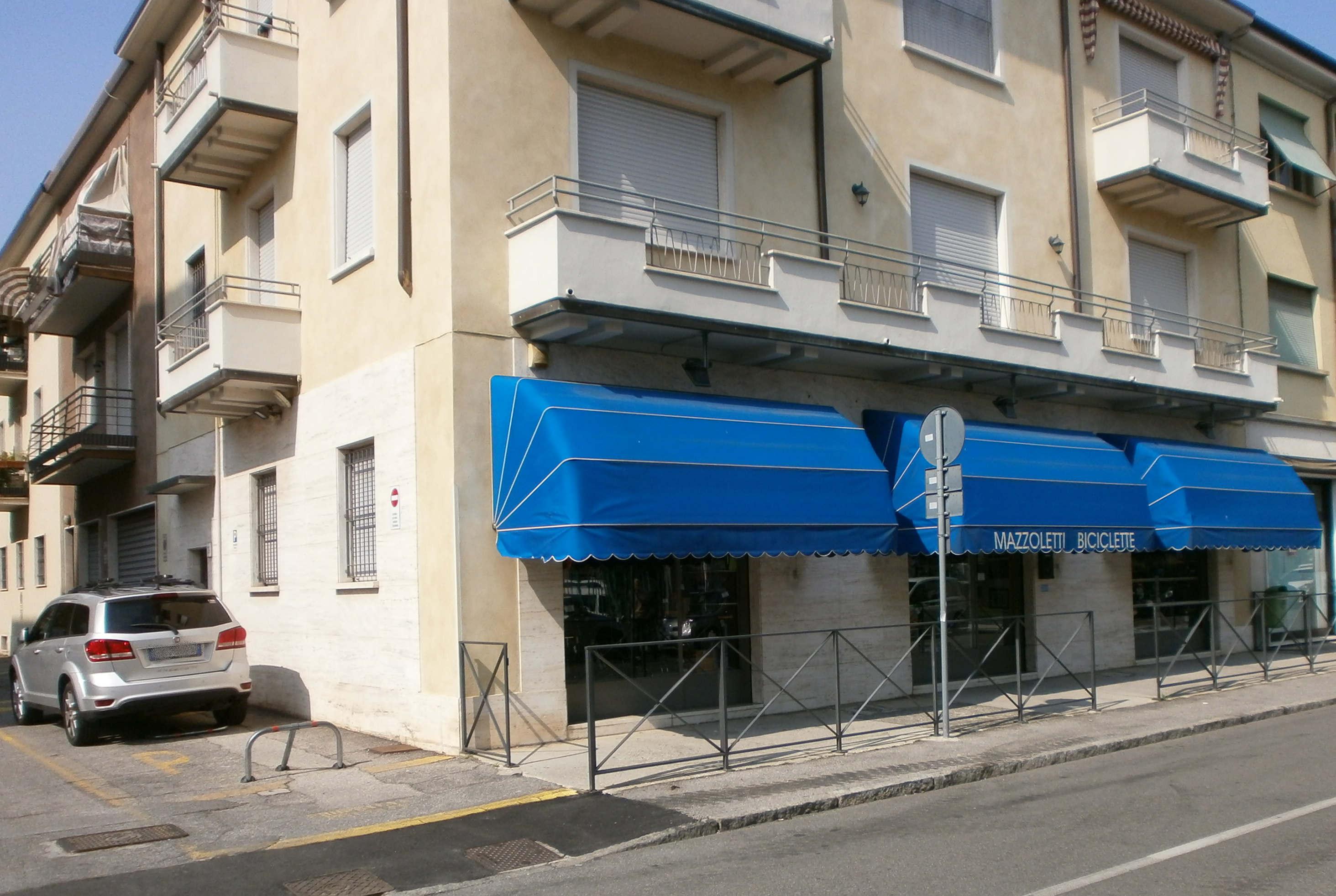 Negozio - Via A. Bianchi 22 -Brescia
